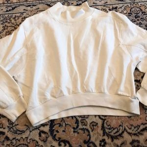 Zara White Cropped Sweatshirt